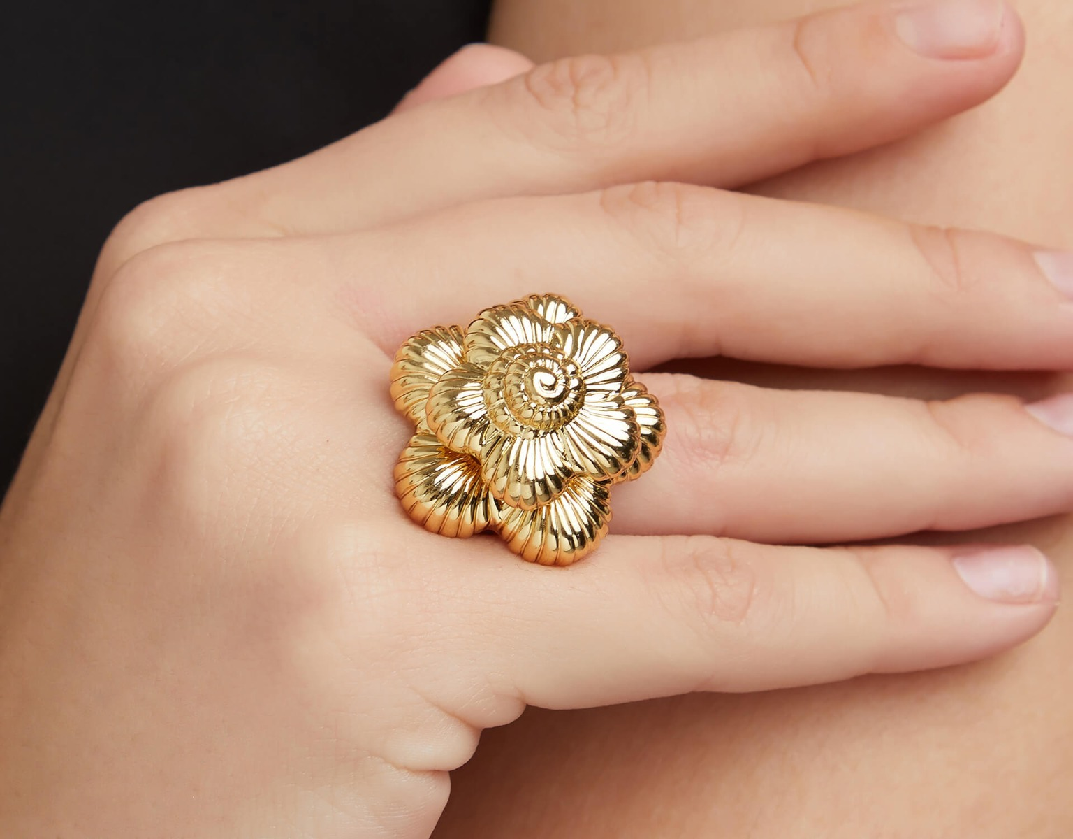 The Gold Bloom Ring