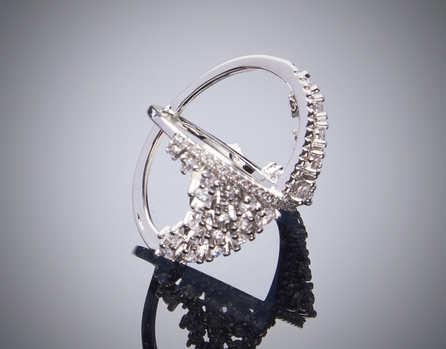 CLUSTER X RING