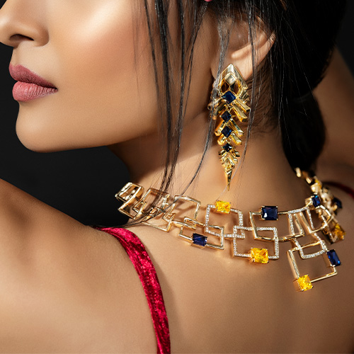 Deck Up This Diwali In Fine Accessories
