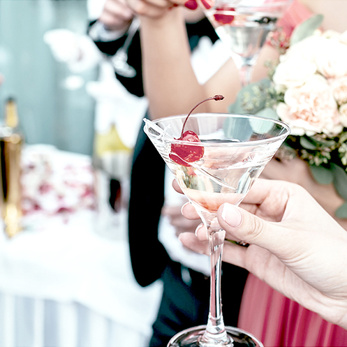 The Cocktail Hour - Kicking Off Your Wedding Celebrations On The Right Foot